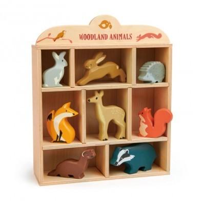 8 Woodland Animals & Shelf