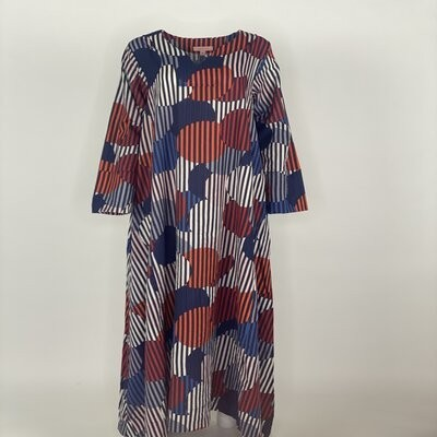 A Cut with Sleeves Navy Stripes Circles