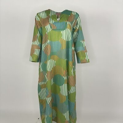 Straight Cut with sleeves Green Stripe Circle