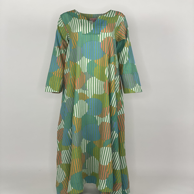A Cut with Sleeves Green Stripe Circle