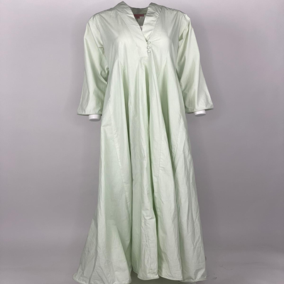 Curly Hem with Sleeves Plain Light Green