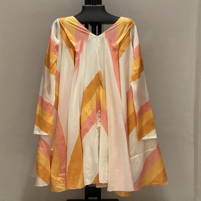V NECK WITH SLEEVES SHADES OF CORAL